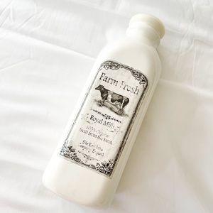 Farm Fresh Farmhouse Milk Bottle Decor